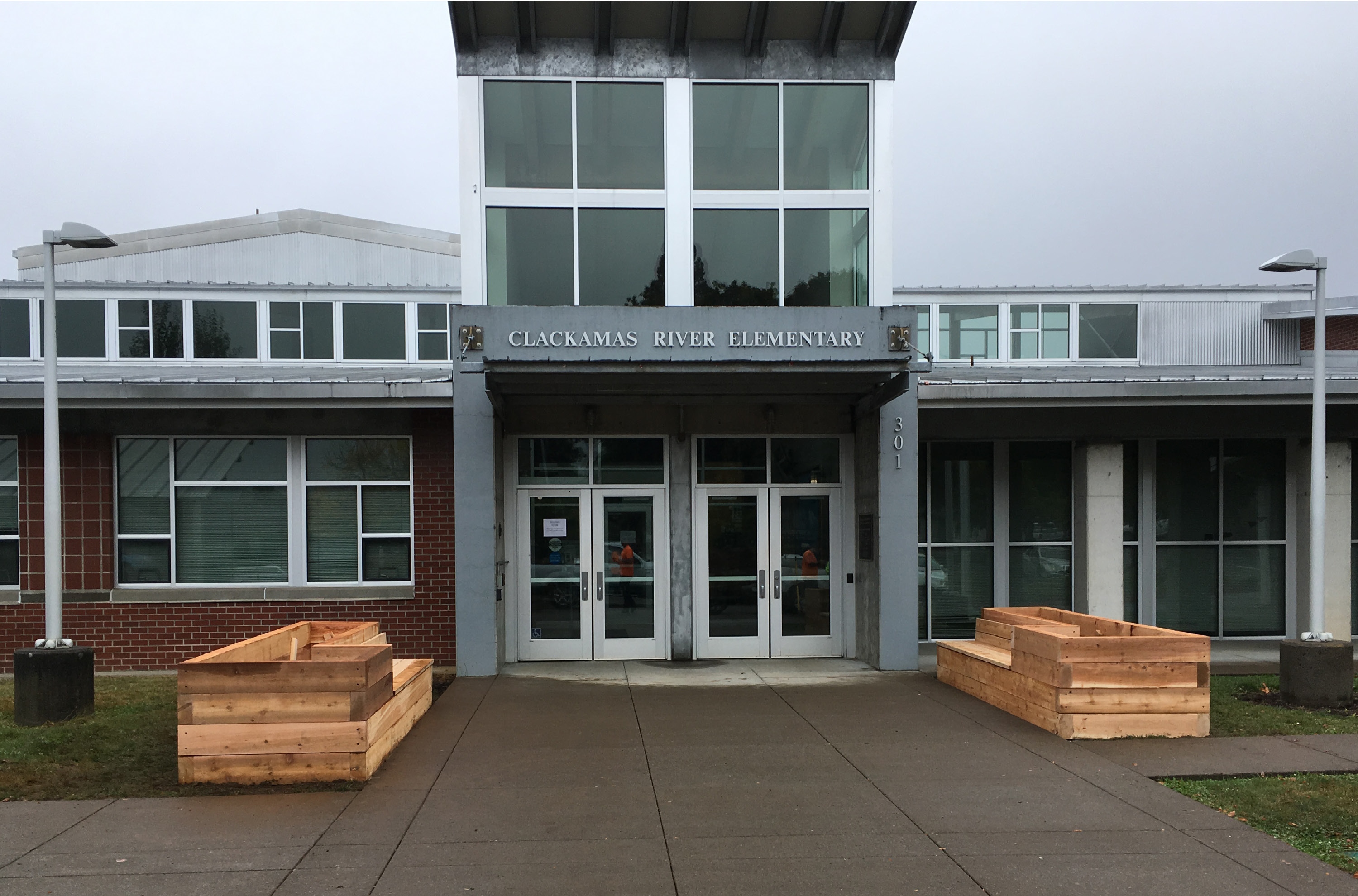 Hennebery Eddy community development service project - Newly constructed raised planters at Clackamas River Elementary School