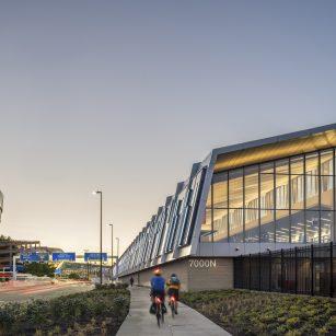 PDX Terminal Balancing & Concourse E Extension exterior approach